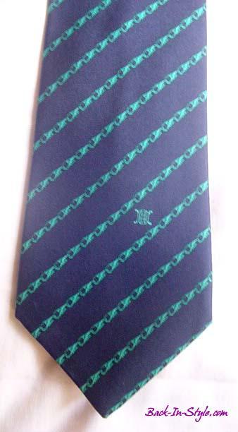celine-navy-green-tie-1